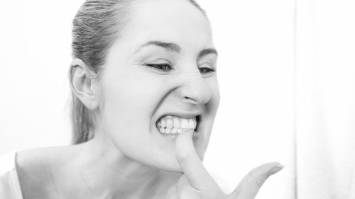 loose-tooth-causes