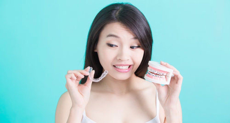 invisalign-vs-traditional-braces